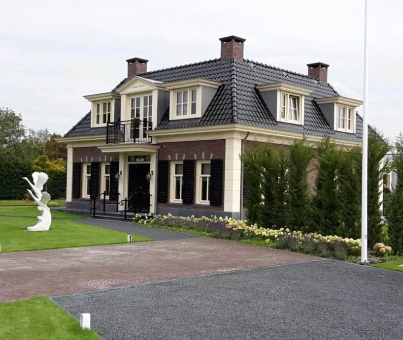 Traditionele notariswoning door Zwammerdam Groep